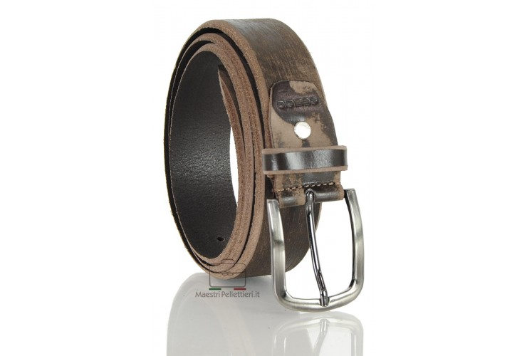 Fashion Vintage belt in brushed leather Brown with dark buckle