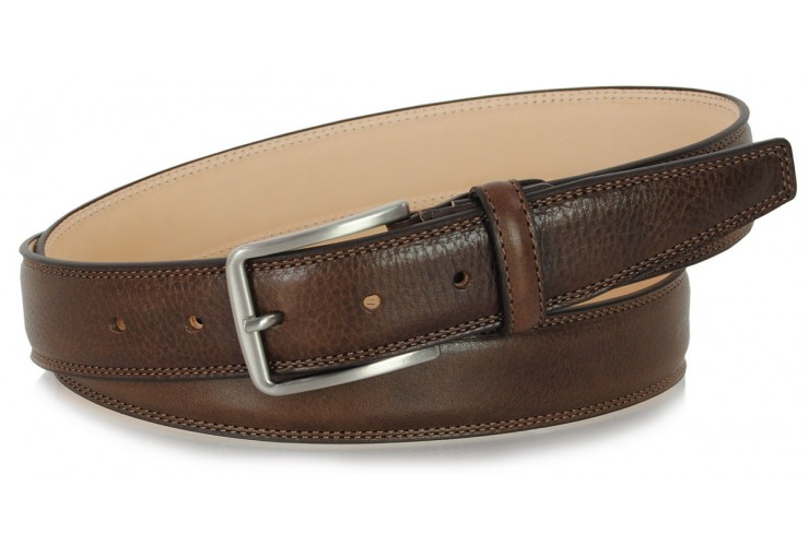 Classic and trendy belt in soft vegetable leather, Brown
