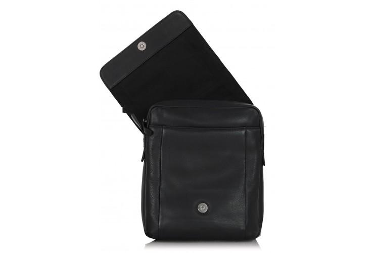 Borsello uomo in pelle morbida con fianco largo, patta e tasca iPad 10'' Nero