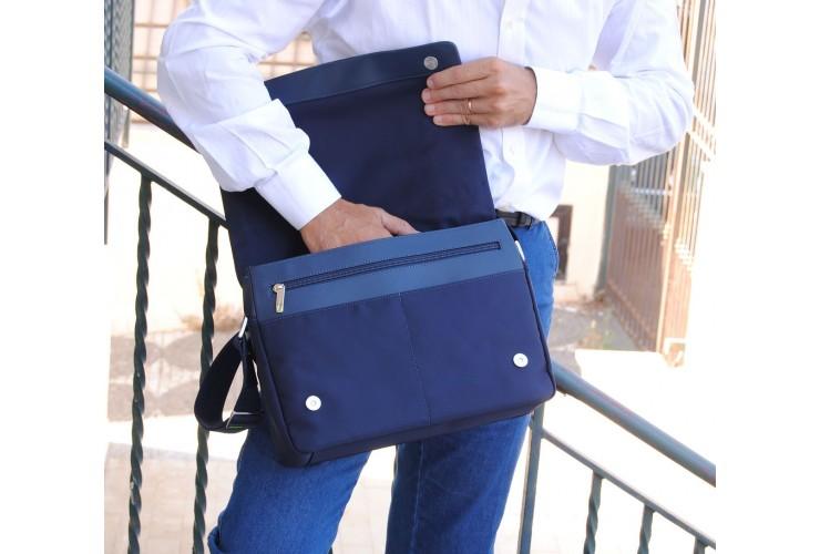 Borsa Messenger in tessuto e pelle morbida Blu 13''
