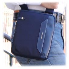 Borsello uomo piccolo in tessuto e pelle Blu porta iPad-Mini