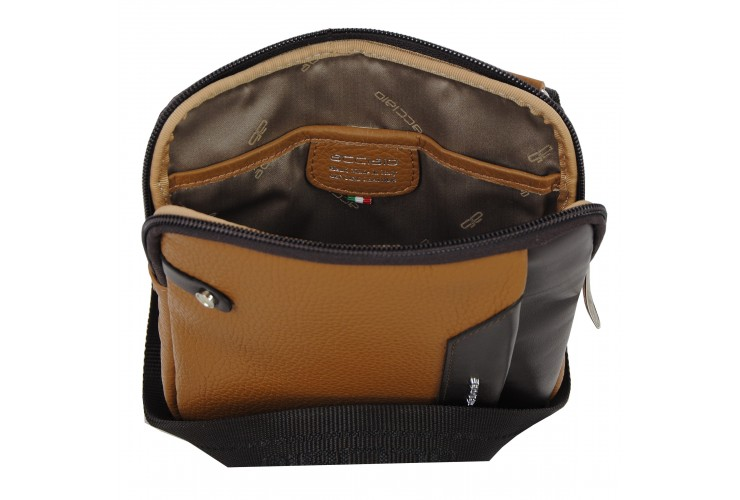 Kleine Herren-Umhängetasche mit iPad®Mini-Tasche aus Cognac / Braun