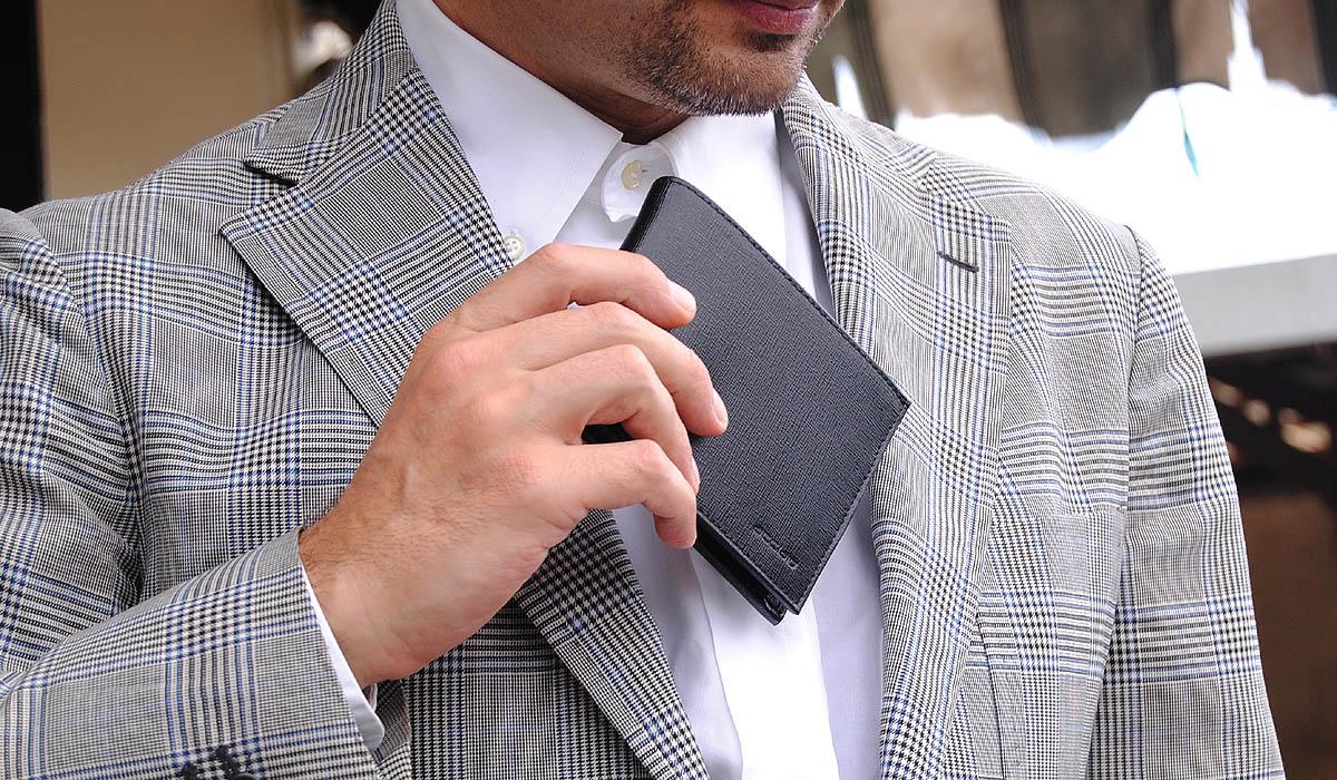 portafoglio uomo classico pelle saffiano