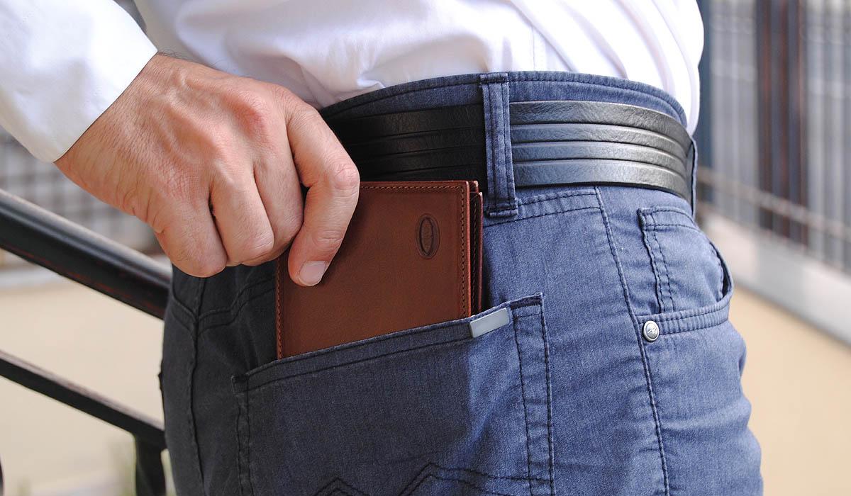 portafoglio uomo classico cuoio medio